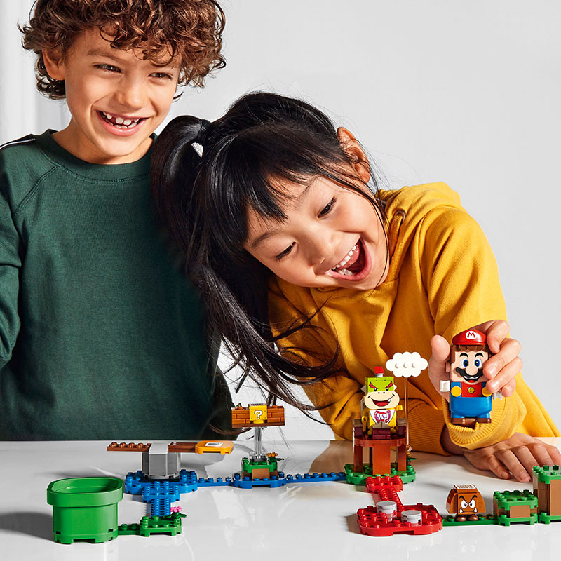 LEGO Super Mario kids play
